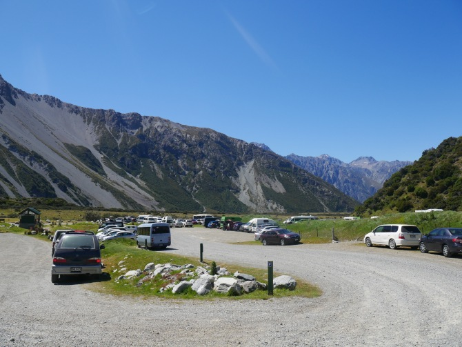 Hooker Valley car park